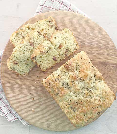 Cheddar, Bacon and Chive Quick Bread