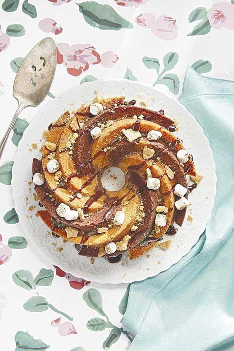 S'mores Swirl Cake